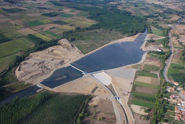 Canal bajo de Los Payuelos, en León.