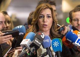 """Susana Díaz: Al Gobierno se le acabó el """"ordeno y mando"""" y debe dar """"oxígeno"""" a las CCAA"""