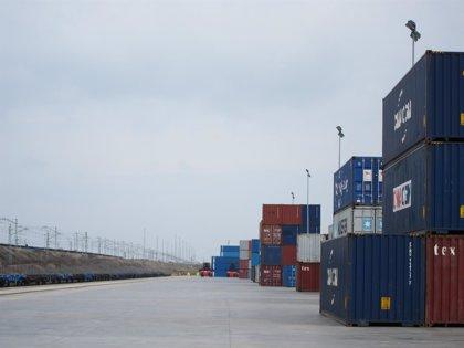El alcalde visita la ampliación de la Terminal Marítima de Zaragoza (TMZ)