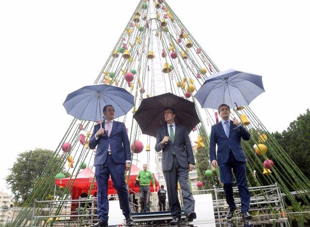 Imagen de la inauguración del árbol de NavidadMurcia