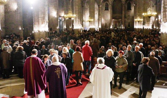 Misa en recuerdo a los difuntos en Sta.Maria del Mar