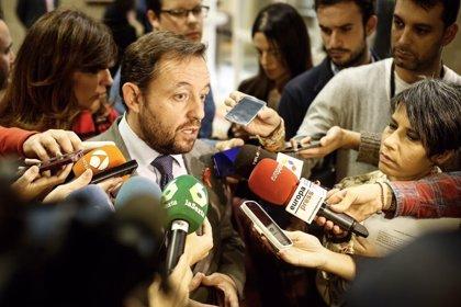 Ciudadanos celebra la implicación del PSOE pero critica que acuerde con PP subir impuestos