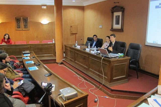 Encuentro pymes y Jochen Müller representante delegación Comisión Europea España
