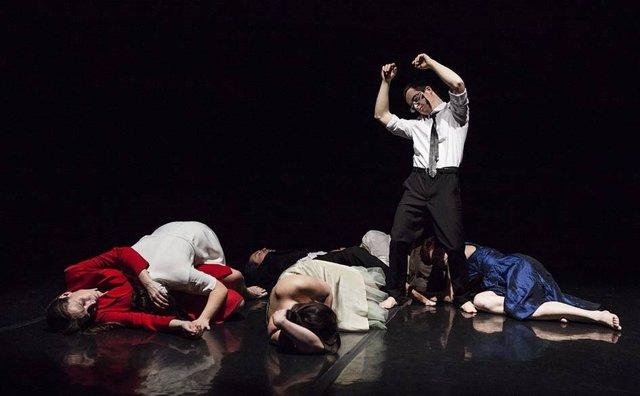 Espectáculo Gratuito De Danza Integrada Mesa Para Tr3s En El Museo Reina Sofía M
