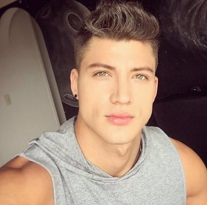 Fallece el joven modelo colombiano Sergio Lillo en un accidente de moto