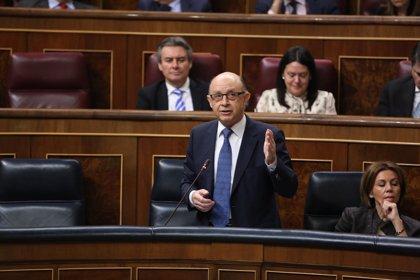"""Montoro dice que se abre una """"nueva etapa"""" de """"convencer y ser convencidos"""" tras el acuerdo sobre el déficit"""
