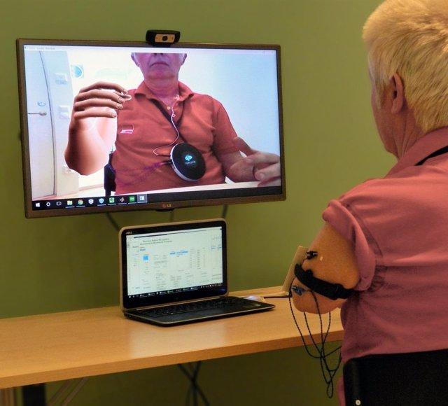 Programa de realidad aumentada para tratar el dolor a pacientes amputados