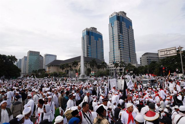 Protesta contra el gobernador de Yakarta, 'Ahok'
