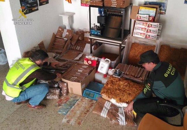 Fábrica de tabaco clandestina en Huelva.