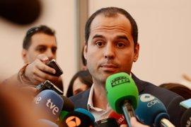 """Aguado dice que C's ha descongelado """"la guerra fría entre PP y PSOE"""""""