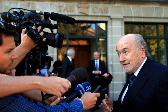 Blatter se presenta ante el TAS