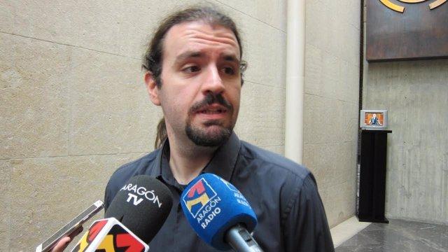 El diputado de Podemos en las Cortes de Aragón, Héctor Vicente.
