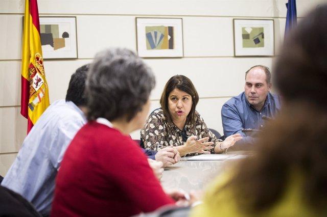 Reunión Círculo Cannábico y senadores y diputados de Unidos Podemos