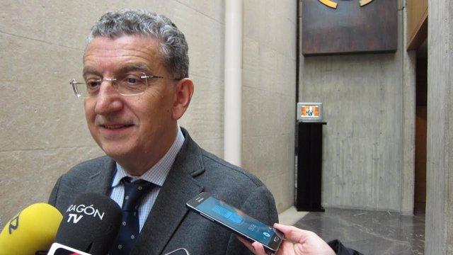 El consejero de Sanidad del Gobierno de Aragón, Sebastián Celaya.