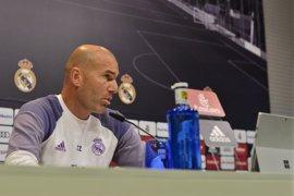 """Zidane: """"Ha pasado poco tiempo para estar entre los nominados al 'Mejor Entrenador'"""""""
