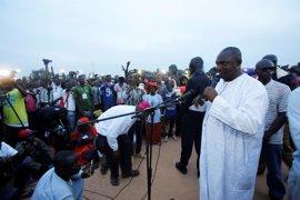 El opositor Adama Barrow, ganador de unas históricas elecciones presidenciales en Gambia