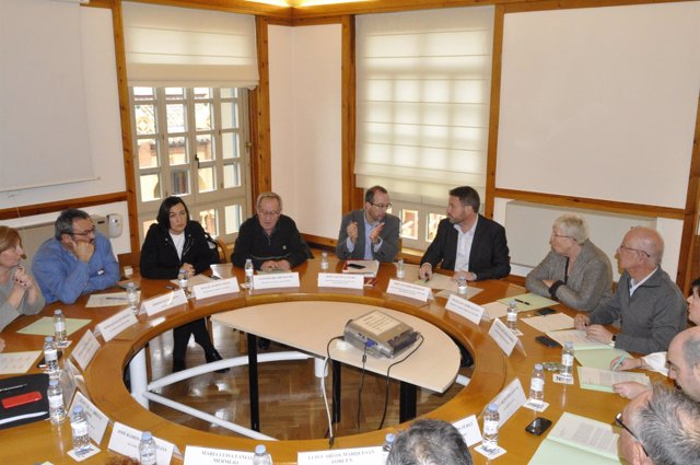 José Luis Soro se ha reunido con los alcaldes de la N-232.