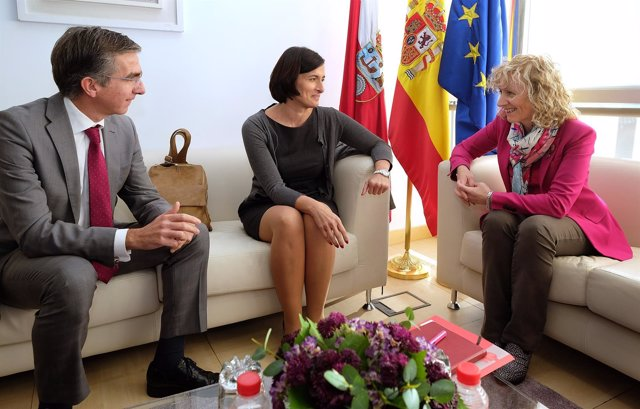 Díaz Tezanos se reúne con Gema Igual y César Díaz