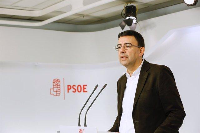 El portavoz de la Comisíon Gestora del PSOE, Mario Jiménez