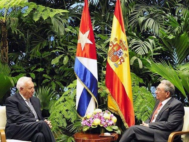 Raúl Castro recibe a Margallo