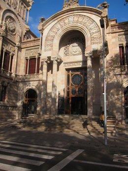 Fachada del Palau de Justícia de Barcelona.