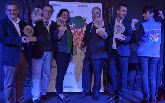 Foto Noticia. Entrega Los Galardones Campaña Recicla La Noche.