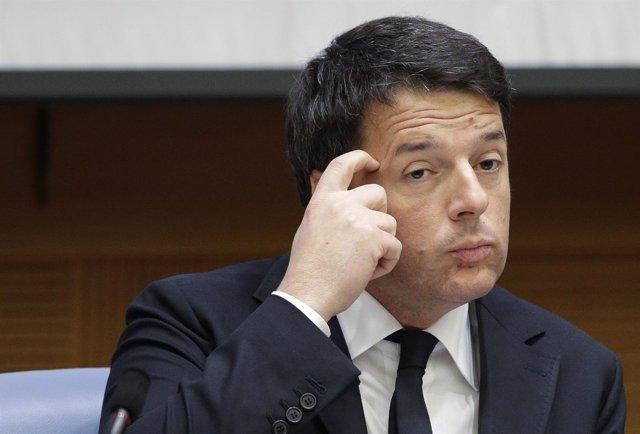 Matteo Renzi en su última comparecencia de 2015