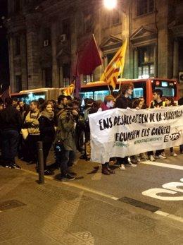 Estudiantes se manifiestan en Barcelona