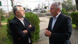"""PSOE reivindica su """"oposición útil"""" para la """"agenda social"""" de España"""
