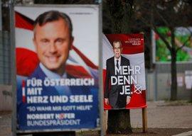 Austria elige presidente entre el populista Hofer y el independiente Van der Bellen