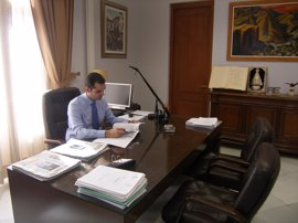 El alcalde de Almería pide una reunión a De la Serna para abordar la conexión ferroviaria