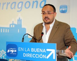 Alejandro Fernández (PP), partidario de un pacto con C's y PSC para gobernar en Catalunya