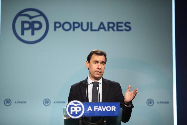 Fernando Martínez Maíllo en rueda de prensa en la sede del PP