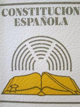 La Constitución Española, Editada Por Civitas