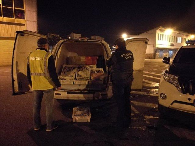 Remitiendo Dos Notas De Prensa De La Comandancia De La Guardia Civil De Ponteved