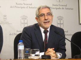 Llamazares urge un acuerdo estratégico frente al declive demográfico de Asturias
