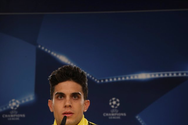 Marc Bartra, jugador del Borussia Dortmund en rueda de prensa