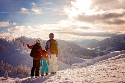 Día de nieve en familia: consejos de seguridad para evitar problemas