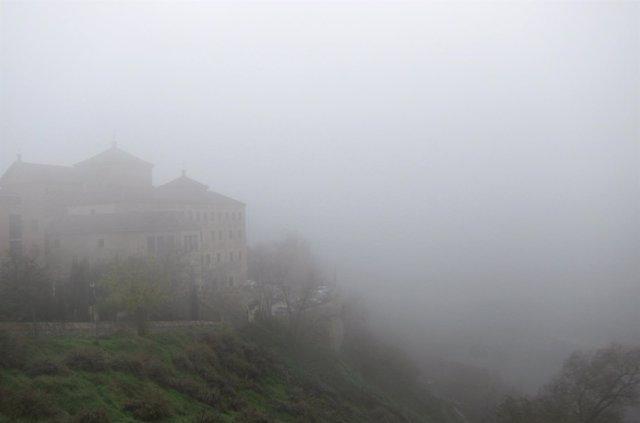 Niebla, nublado, frío