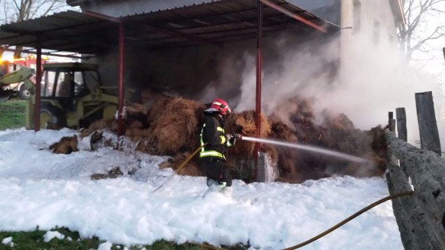 Incendio en el pajar