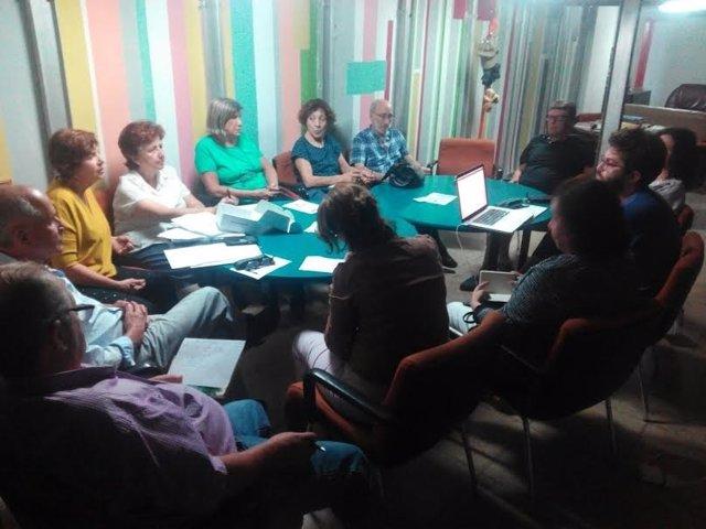Reunión de las personas que participan en el proyecto