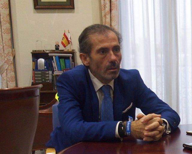 El decano del Colegio de Abogados de Málaga, Francisco Javier Lara.