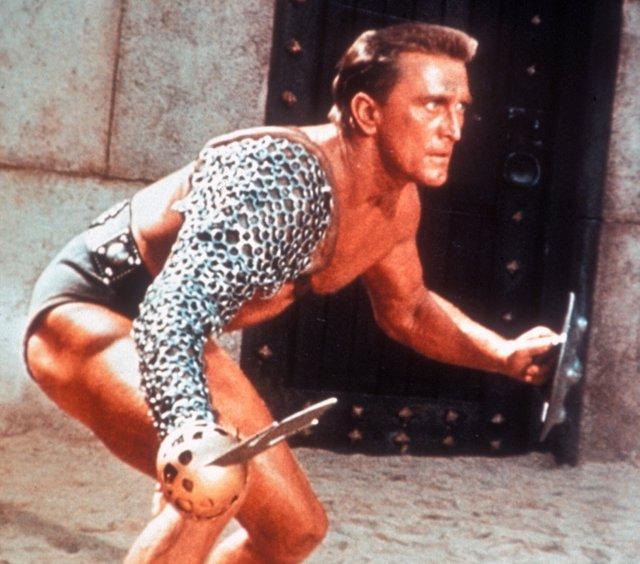Spartacus (1960) Directed by Stanley Kubrick Shown: Kirk Douglas
