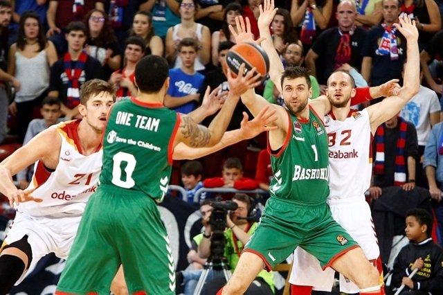 Larkin y Bagnani en el Baskonia - Galatasaray