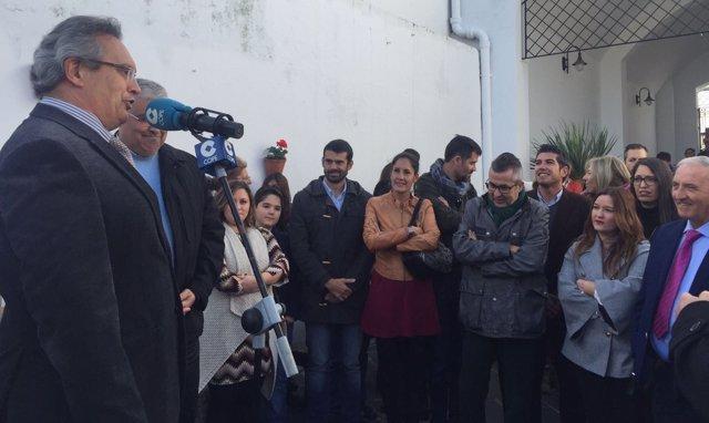 La secretaria general del PSOE en Sevilla, Verónica Pérez, en El Pedroso