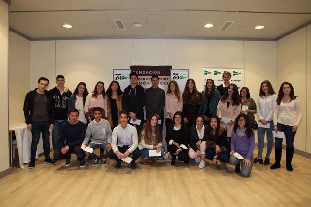 Fundación Areces entrega becas en El Corte Inglés en Mallorca