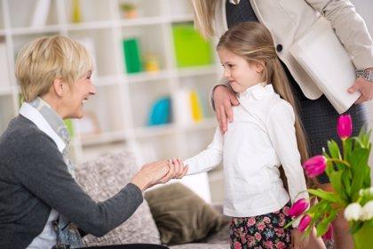 Modales que todo niño debería conocer en las visitas a otras casas