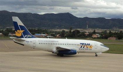Suspenden las actividades comerciales del Transporte Aéreo Militar de Bolivia