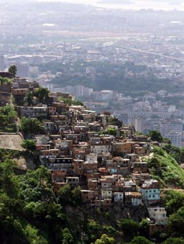 Favelas En Las Colinas De Río De Janeiro