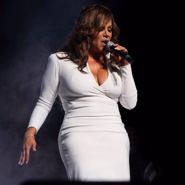 Las 5 Canciones Para Recordar A Jenni Rivera La Diva De La Banda